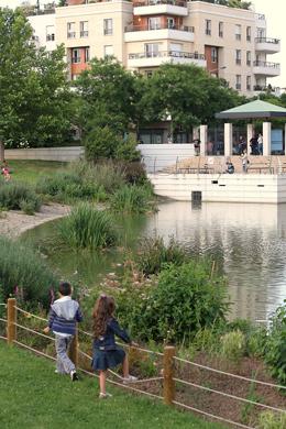 Bois colombes ville fleurie au concours des hauts de seine en r gion ile de france - Bassin bois concept asnieres sur seine ...