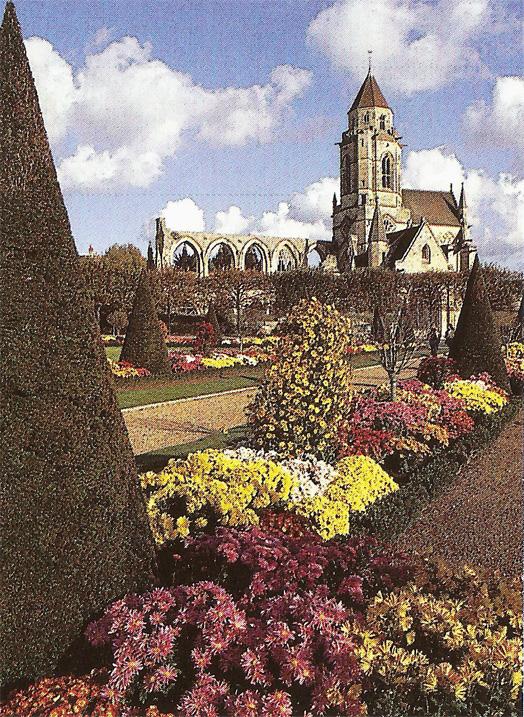 Caen ville fleurie du calvados au concours villes et for Jardin xviiie siecle